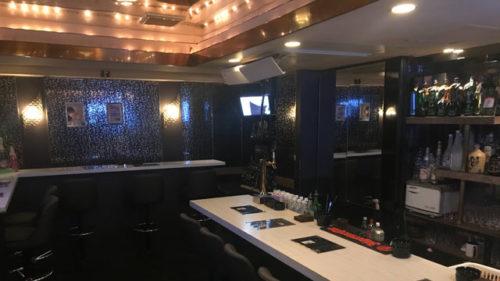 【渋谷】Men's bar Club 5ive店内画像